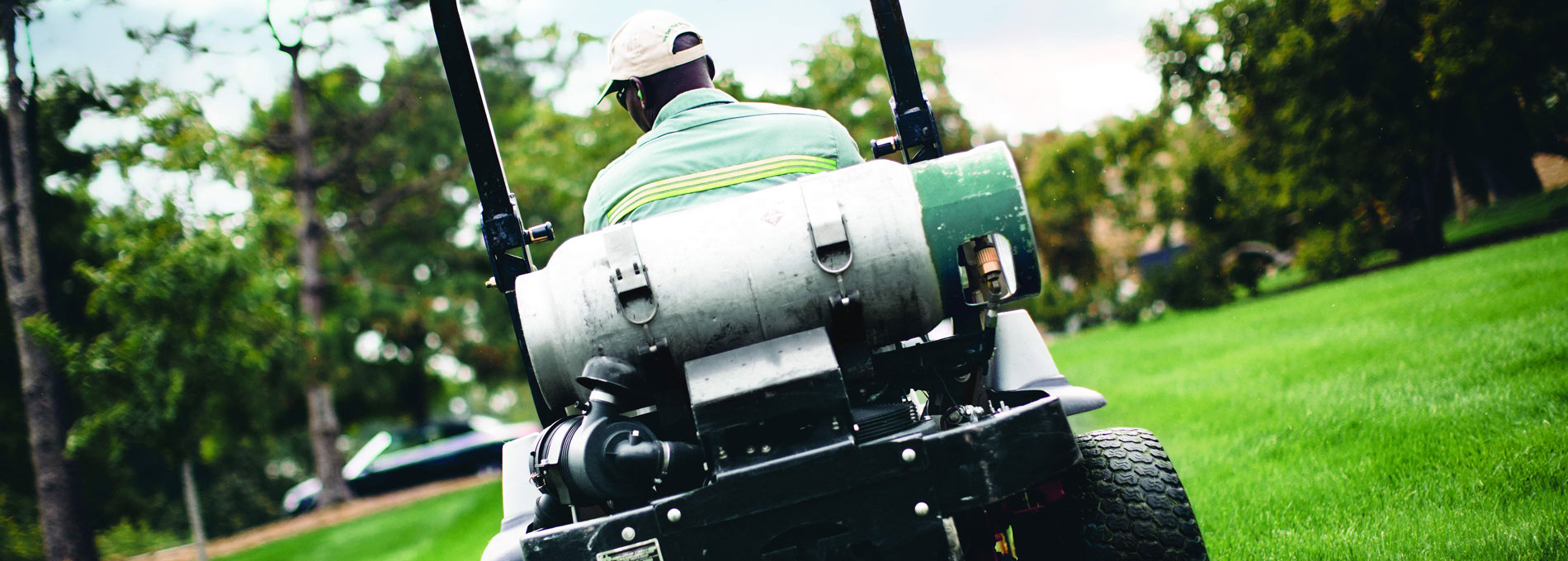 Commercial Propane Lawn Mowers using Sharp AutoGas